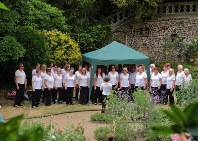 Choir small